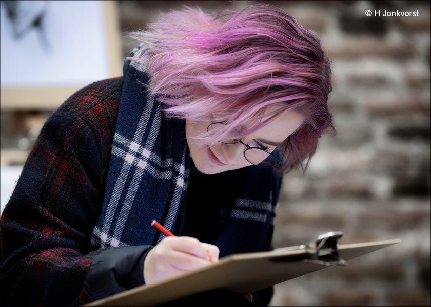 straattekenaar, portret in houtskool, tekenen op straat, portrettekenaar, uit de losse pols, sneltekenaar, karikaturist, Canon eos R, Canon EF 200mm f2L IS USM, Fotografie, Foto, Photography, Photo, Jonkvorstfoto