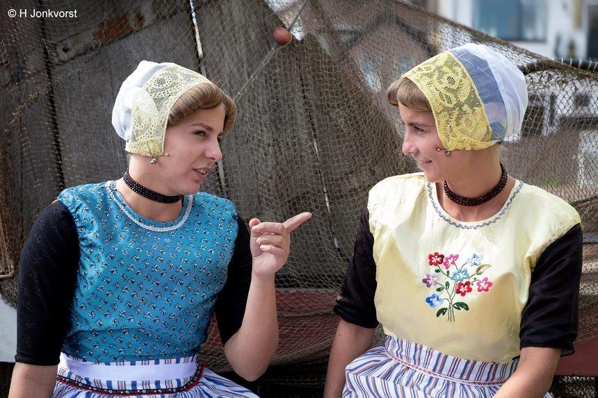 Urk, Dag van de klederdracht, Nationale dag van de klederdracht, Nationale dag van de klederdracht 2019, Nationale dag van de klederdracht Urk, klederdracht Urk, authentieke klederdracht,vissersmeisje