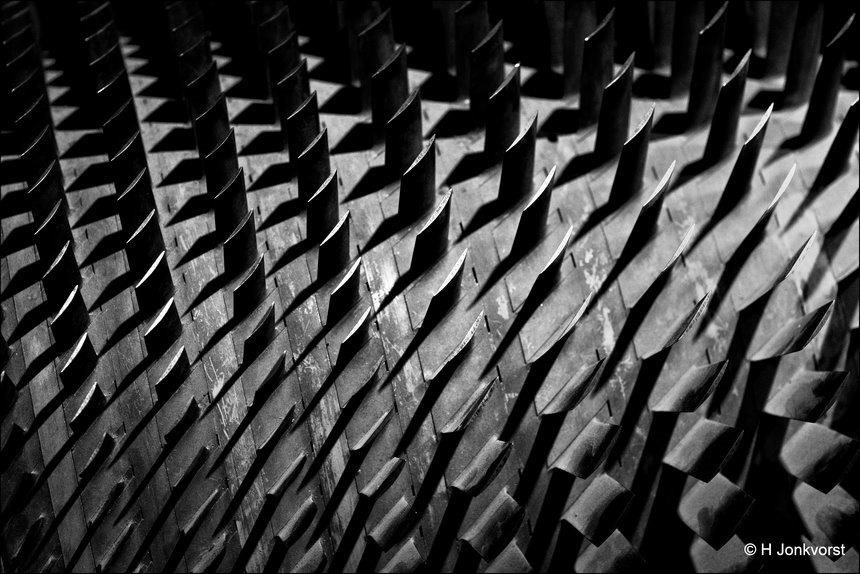 Licht en schaduw, lijnen en patronen, schaduwwerking, lichtwerking, herhalingen, herhalingen in de fotografie, ritme en structuur, ritmische herhaling, herhaling in de foto, oog voor patronen, raadplaat, raad de plaat