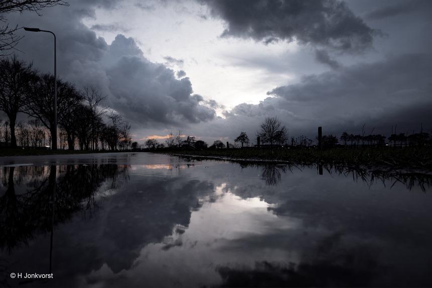 buien met hagel onweer en windstoten, hagel, onweer, windstoten, buienluchten, weerswaarschuwing, Landschap, Staphorst, slecht weer, Fujifilm XT2, Fujifilm XF 8-16mm f2.8 R LM WR, Fotografie, Foto, Photography, Photo