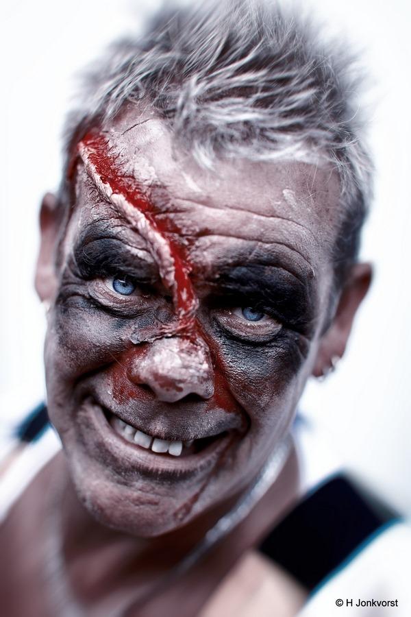 Thriller, the walking dead, horror portret, horror portrait, zombie, Bram, portret, Camping Libra, playbackshow, Canon eos R, Canon EF 85mm f1.2L II USM, Fotografie, Foto, Photography, Photo